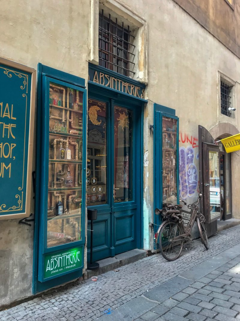 absintherie bar shop prague